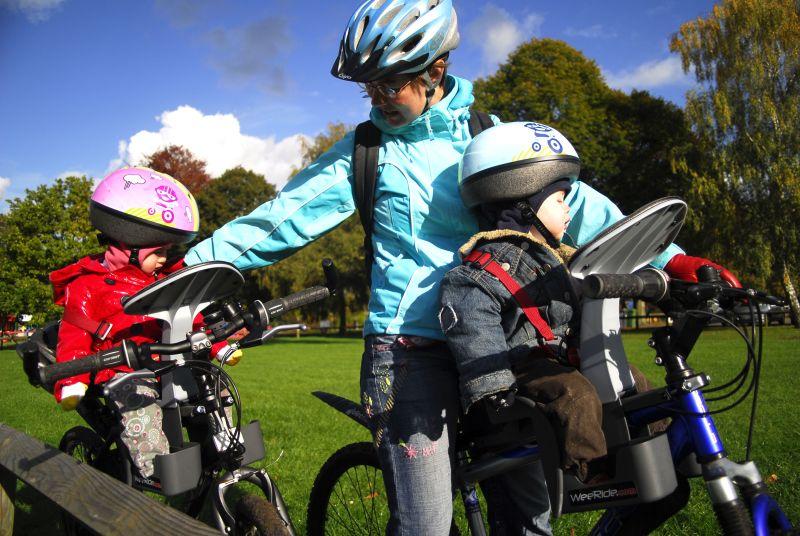Apollo bike with child bike seat